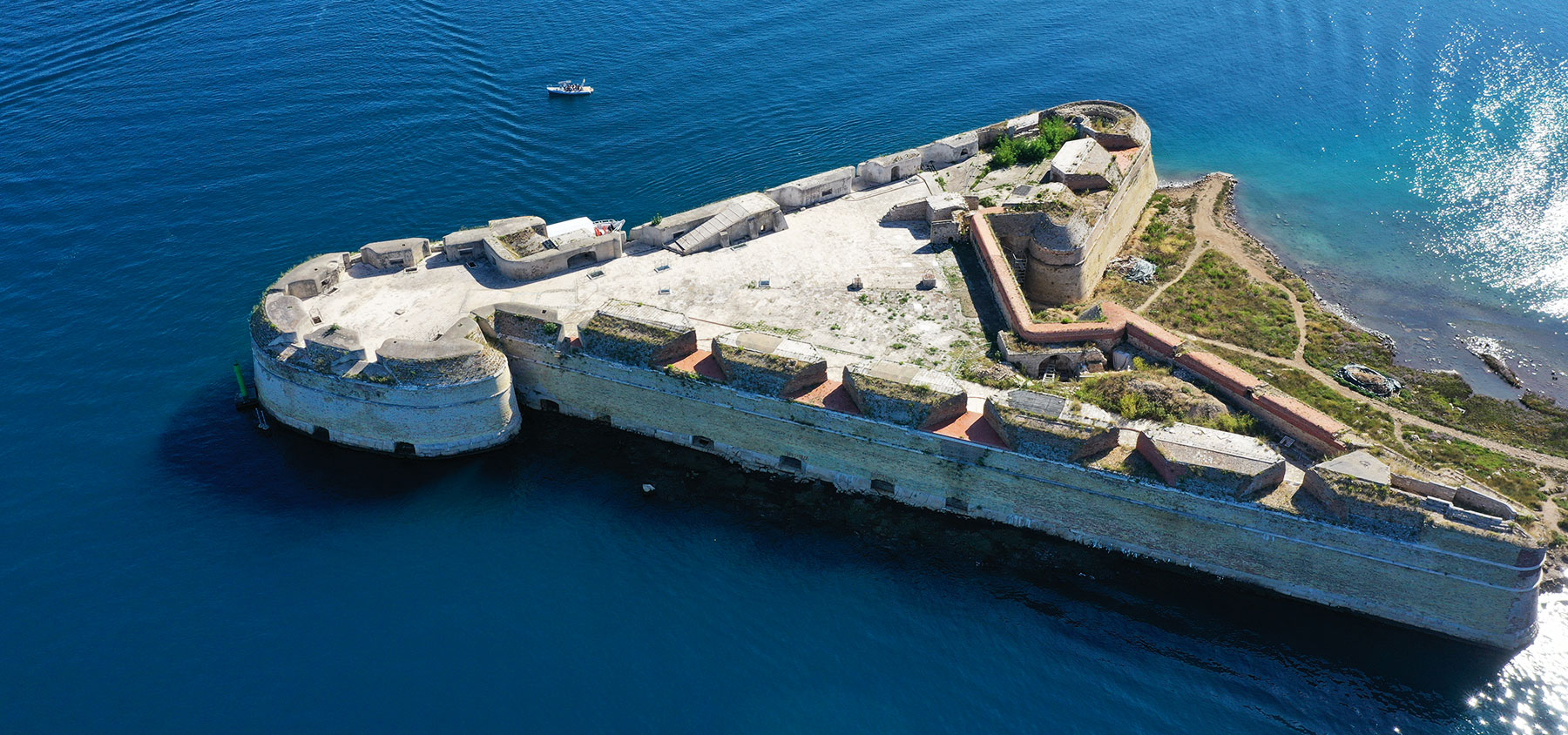 Aerial photo of the boat taken next to the fortress of Saint Nicholas'